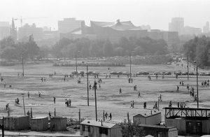 3. Oktober 1990, Berlin Mauerstreifen Tiergarten